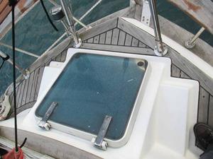 yacht_secondhand_blue_sea43_06.jpg