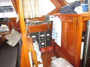 yacht_secondhand_blue_sea43_24.jpg